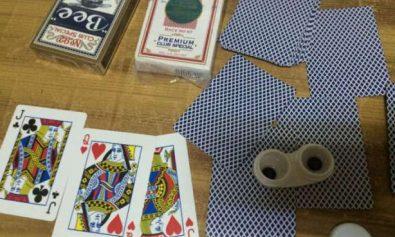 trisare poker