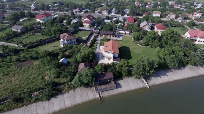 casa-Ionut-Dobre-1