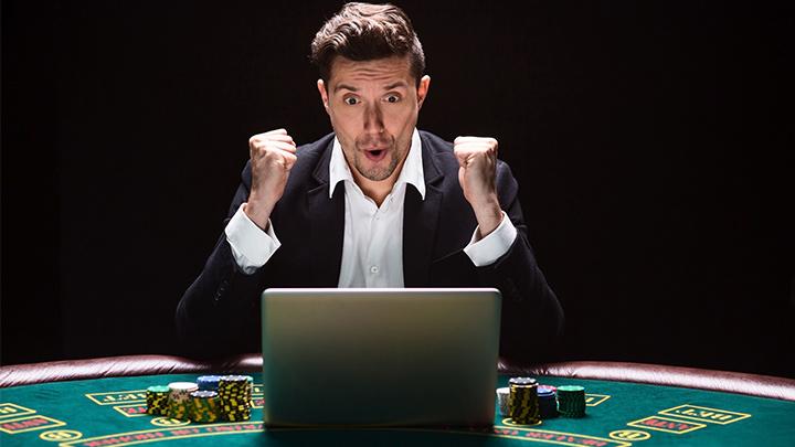 toate-cazinourile-gazduiesc-jocul